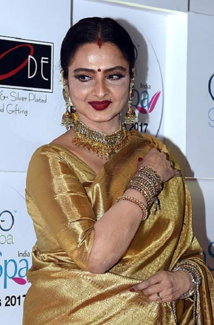 Rekha Cute & Sexy Wallpapers