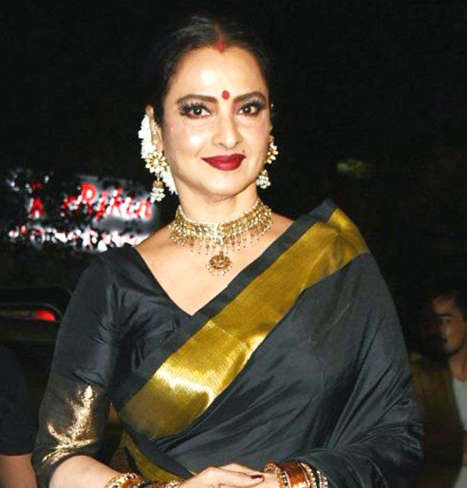 Rekha Hot Pics In Black Saree