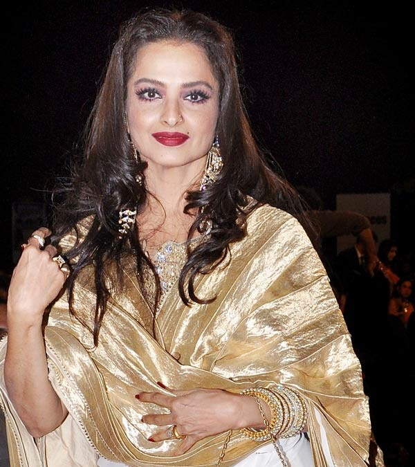 Rekha Sexy Lips Images