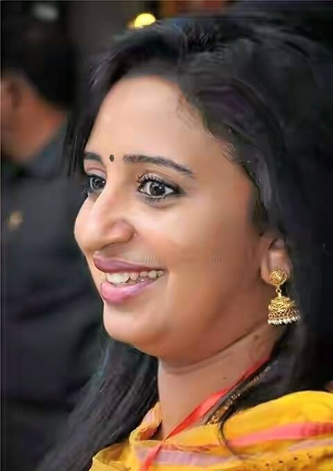 Sona Nair Sweet Pics