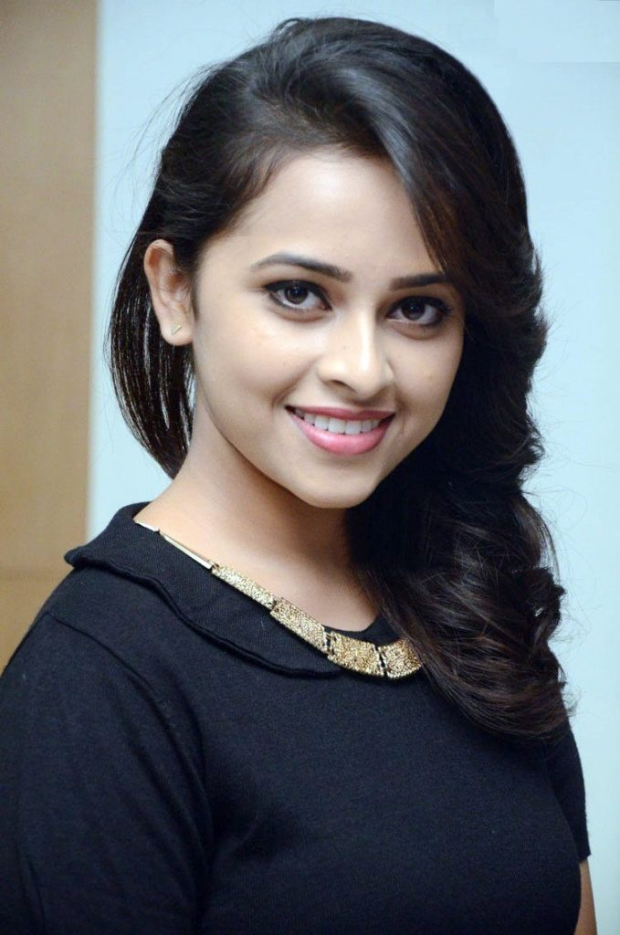 Sri Divya Bold Unseen Pictures HD