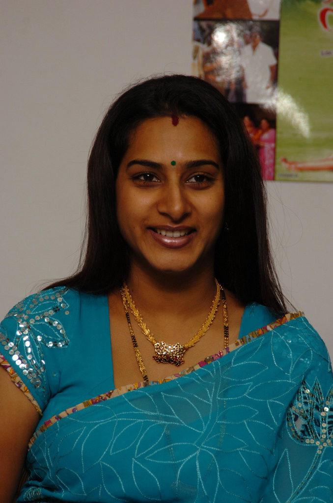 Surekha Vani HD Pictures Download