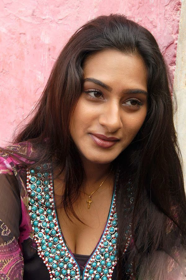 Surekha Vani HD Wallpapers