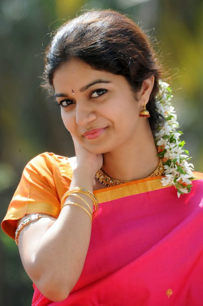 Swathi Reddy HD Cute Pics