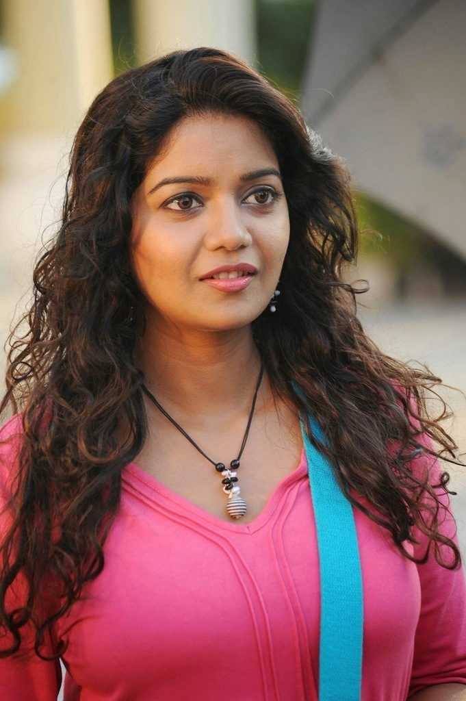 Swathi Reddy New HD Wallpapers