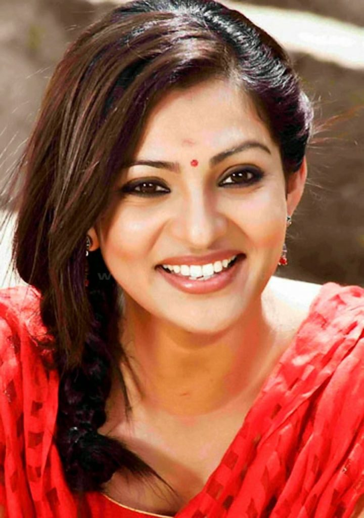 Sweet Parvathy HD Images