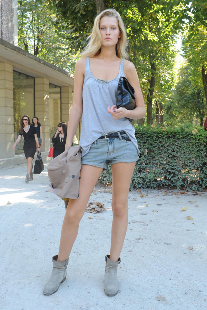 Toni Garrn Unseen Images In Shorts