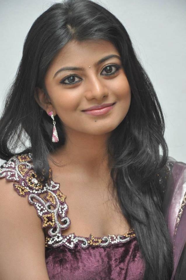 Anandhi Hot Pics