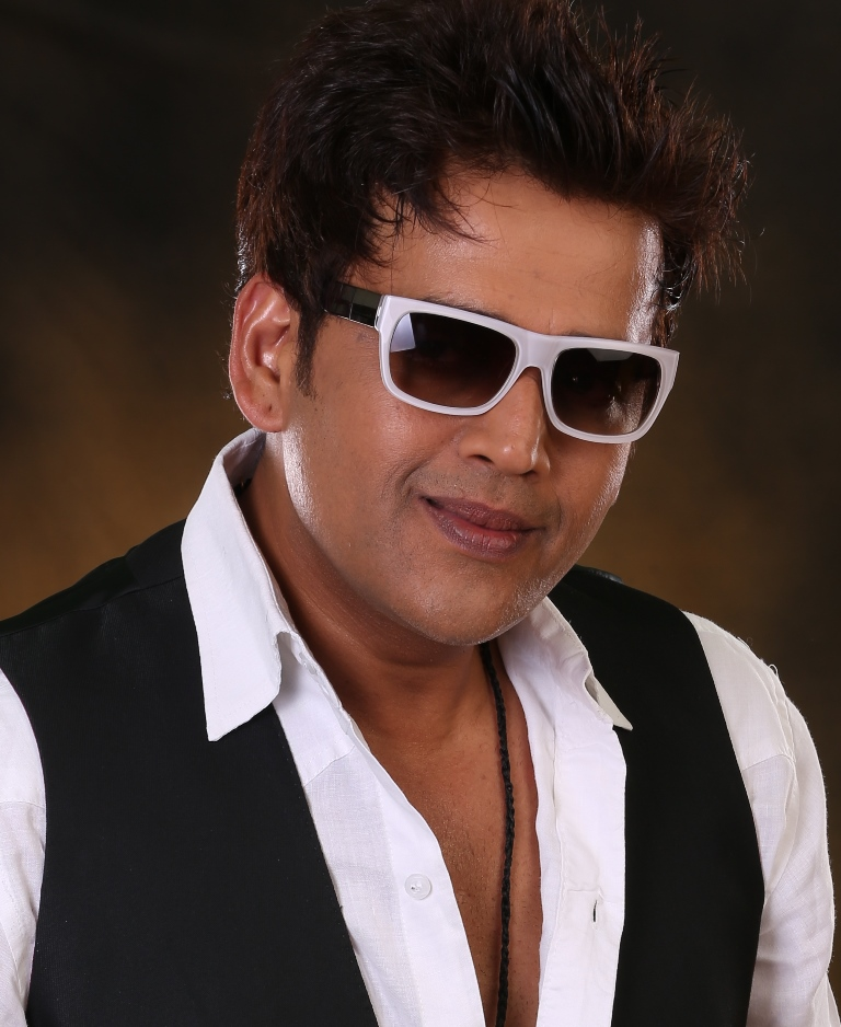 Beautiful Actor Ravi Kishan HD Images
