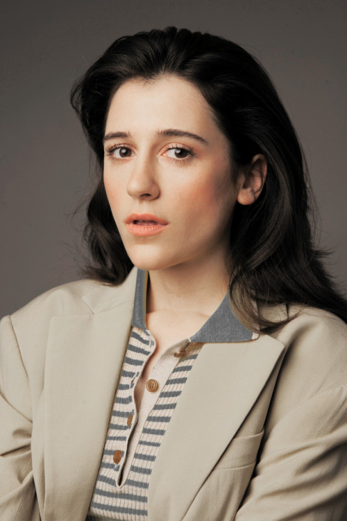 Ellie Kendrick Photoshoots For Profile Pics