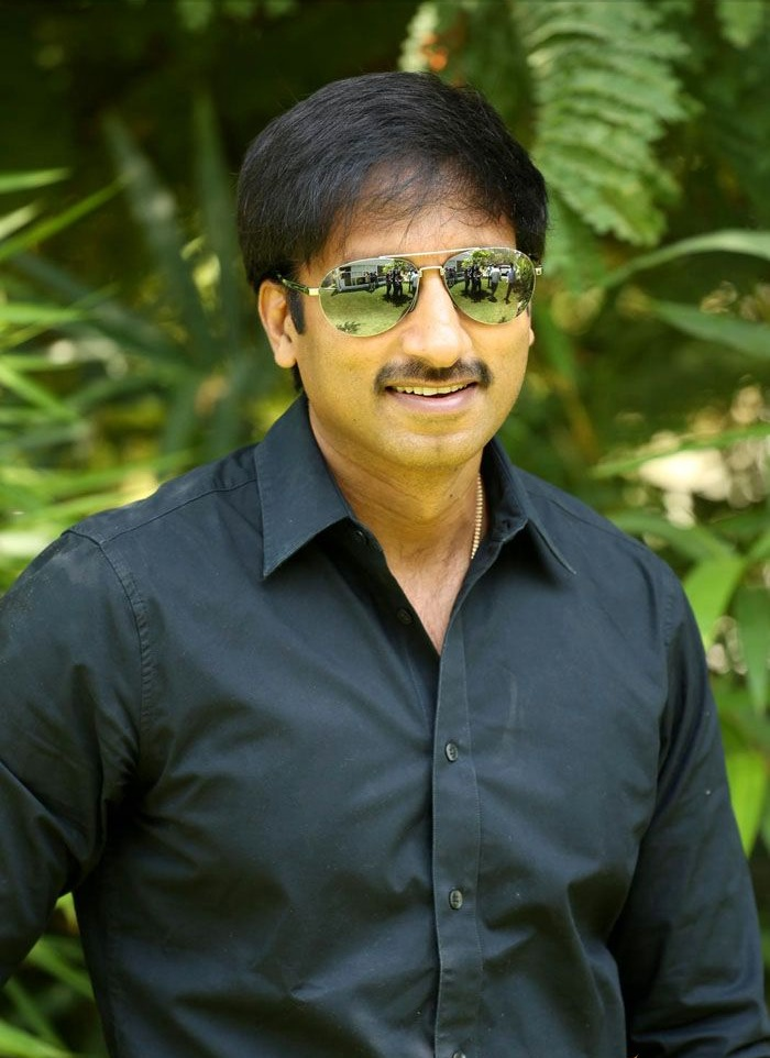 Gopichand HD Photos With Goggle