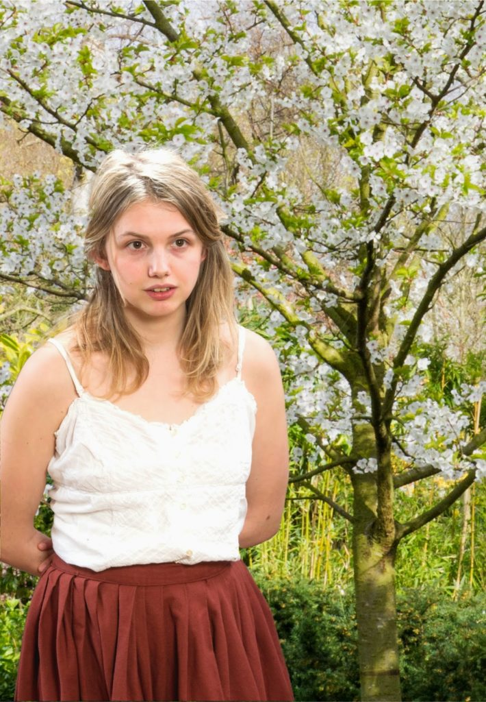 Hannah Murray Scenic Wallpapers