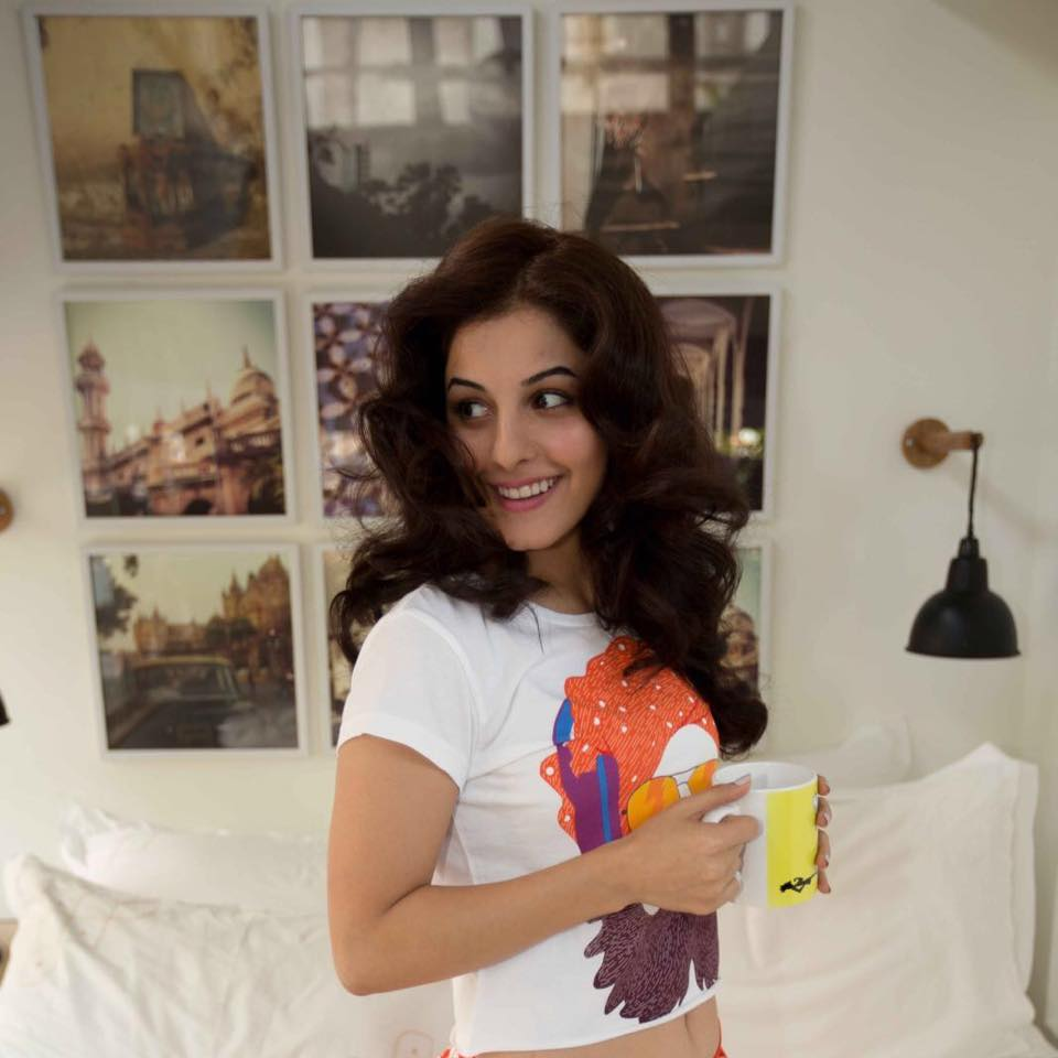 Isha Talwar HD Pics Photoshoot