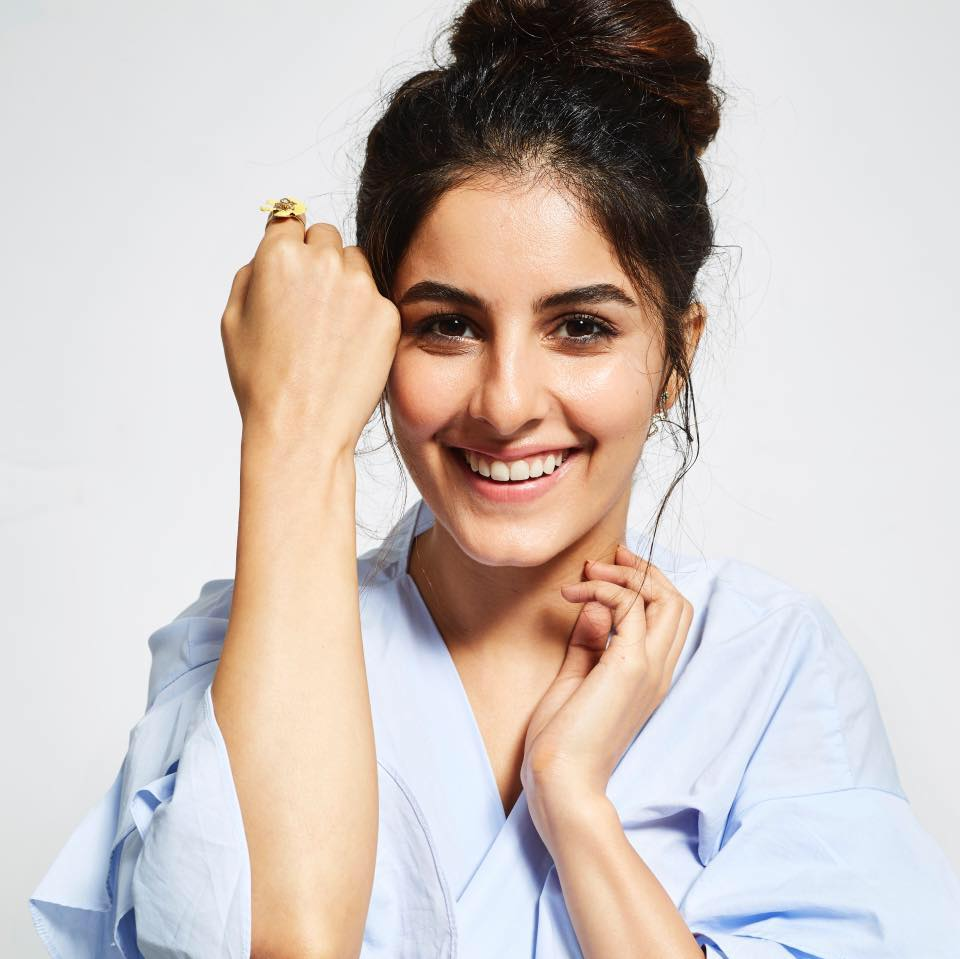 Isha Talwar New Hair Style Pictures