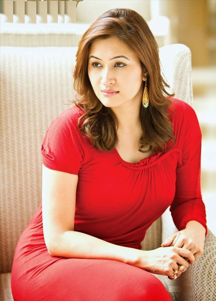 Jwala Gutta New Hair Style Photoshoot