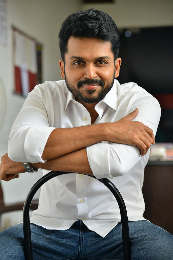 Karthi Cute Smile Images