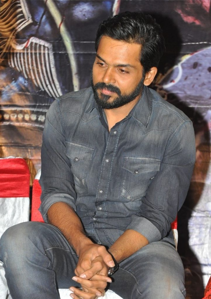 Karthi HD Images At Award Show