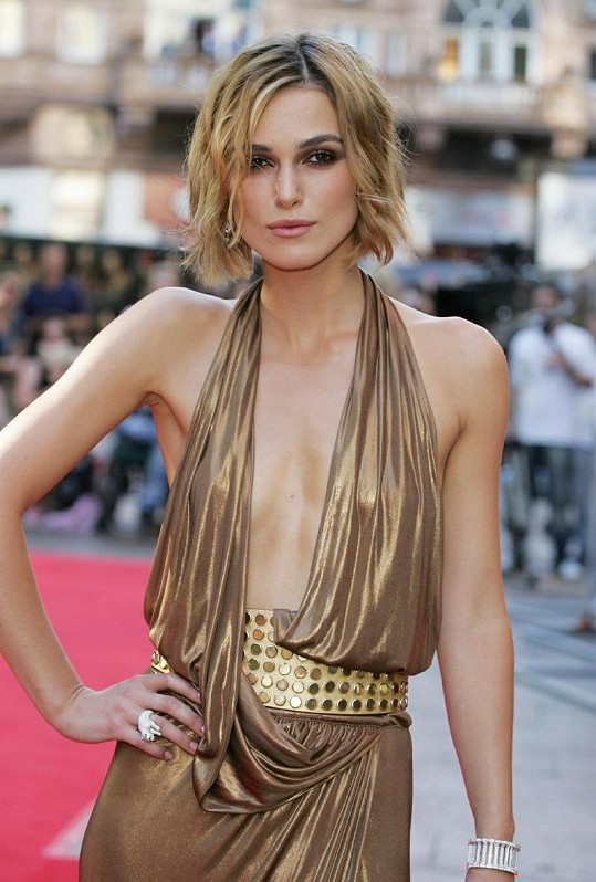 Keira Knightley Sizzling Wallpapers