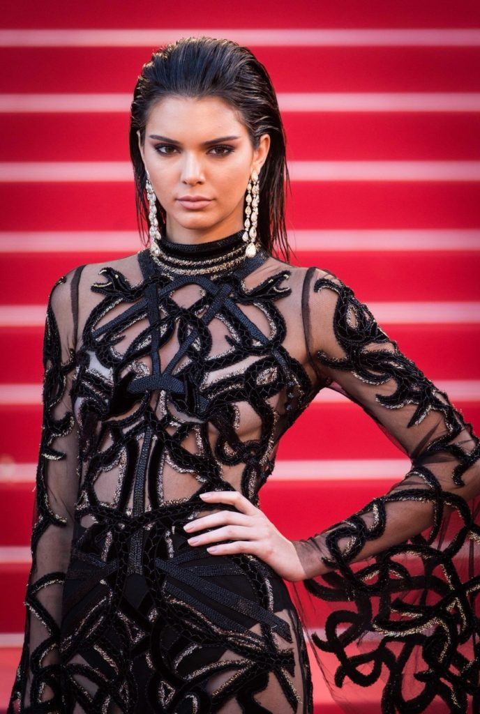Kendall Jenner Scenic Wallpapers