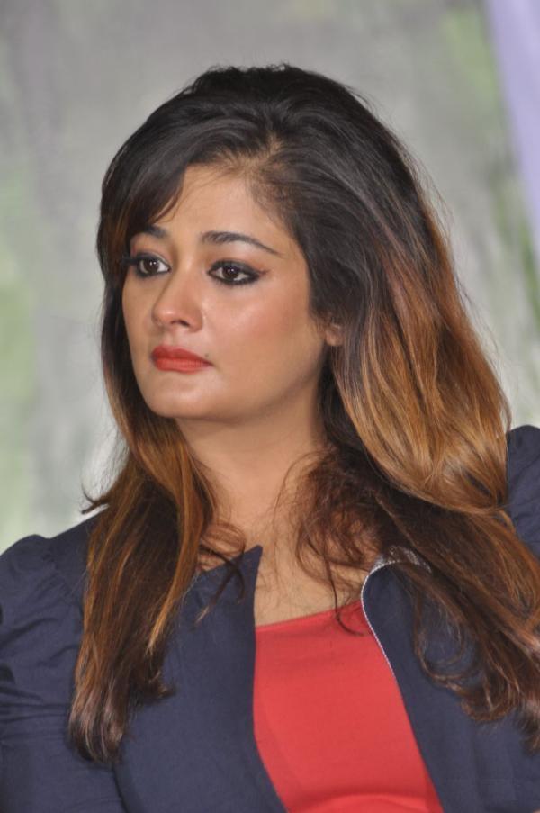 Kiran Rathod Cute Pics Download