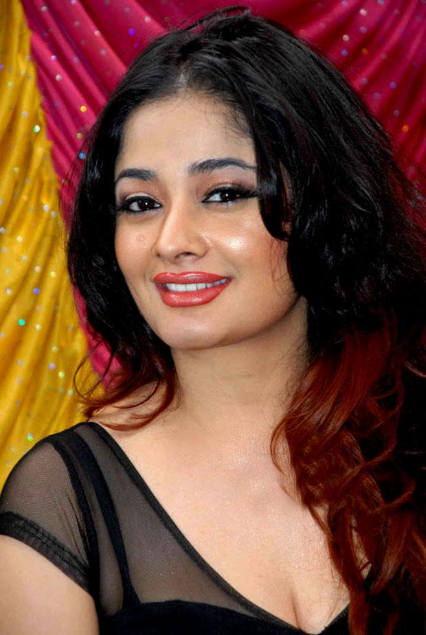 Kiran Rathod New Hair Style Images