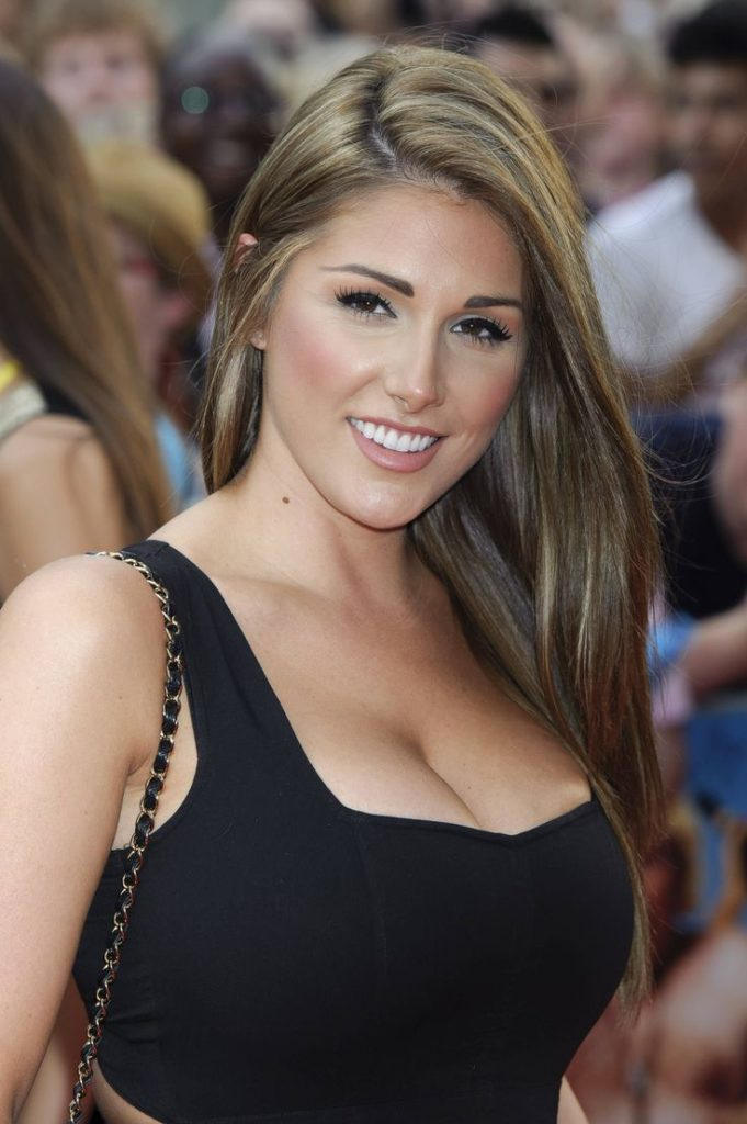 Lucy Pinder New Look Pics