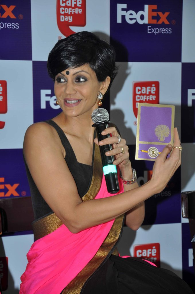Mandira Bedi Bold Wallpapers