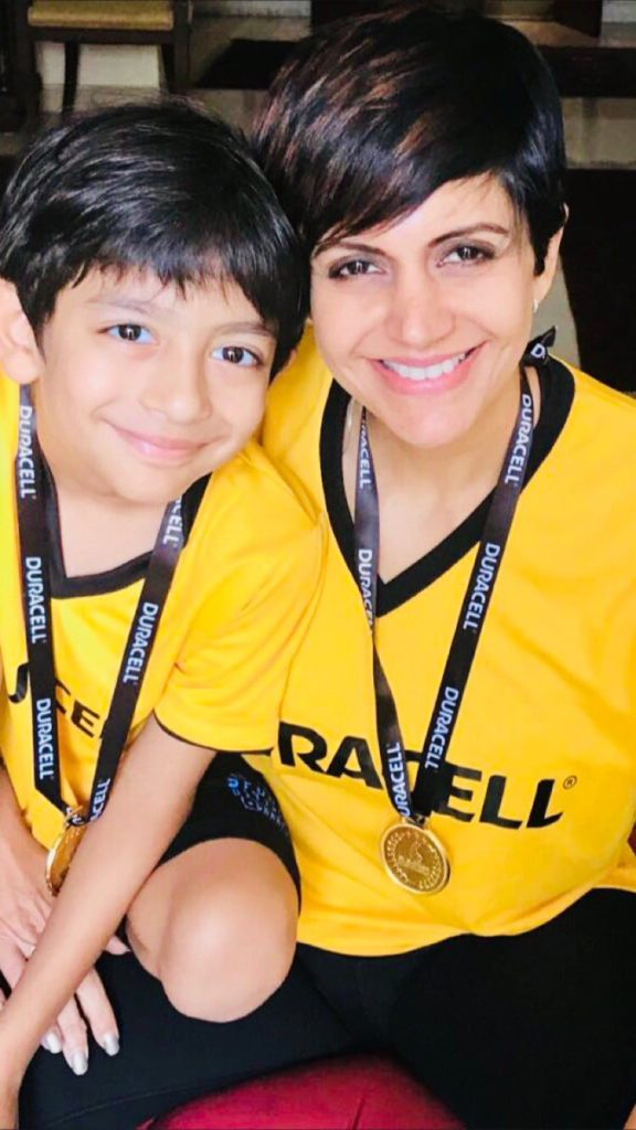 Mandira Bedi HD Pics With Son