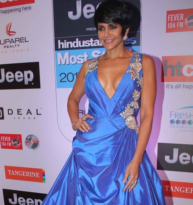 Mandira Bedi Hot HD Pictures At Award Show