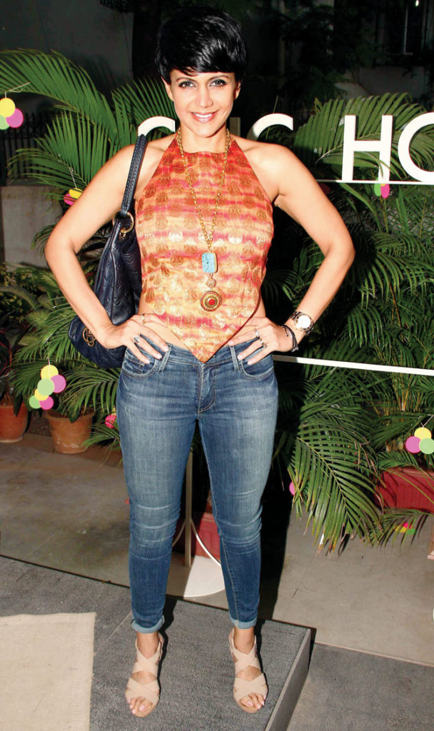 Mandira Bedi Hot Pictures In Jeans Top