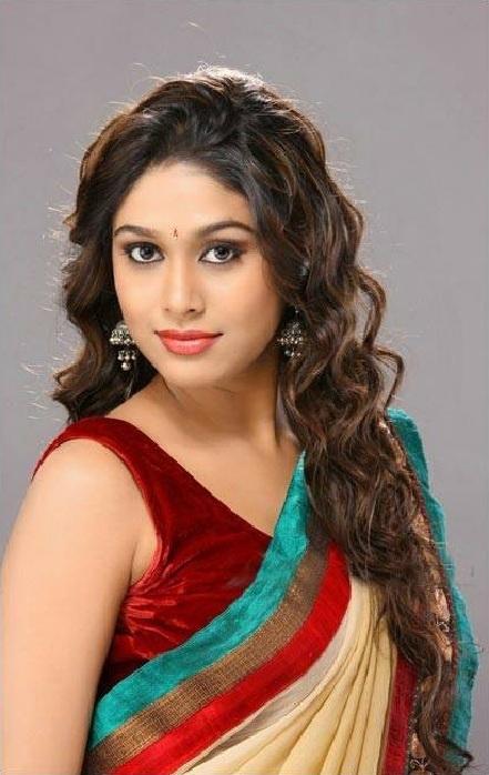 Manisha Yadav Hot Images In Colorful Saree