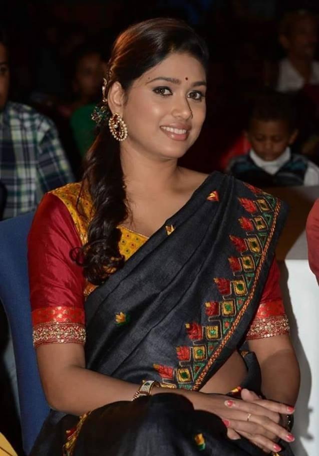 Manisha Yadav Hot Pics In Saree At Event