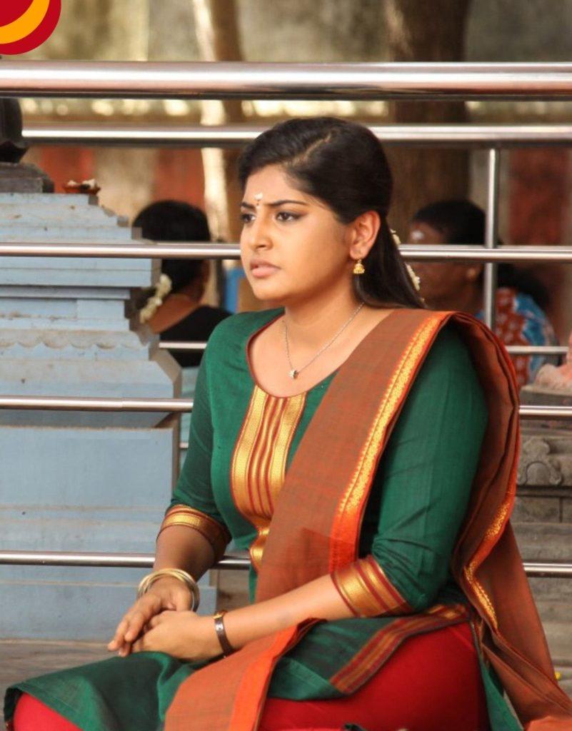 Manjima Mohan Hot HD Sexy Pics In Salwaar Kameez