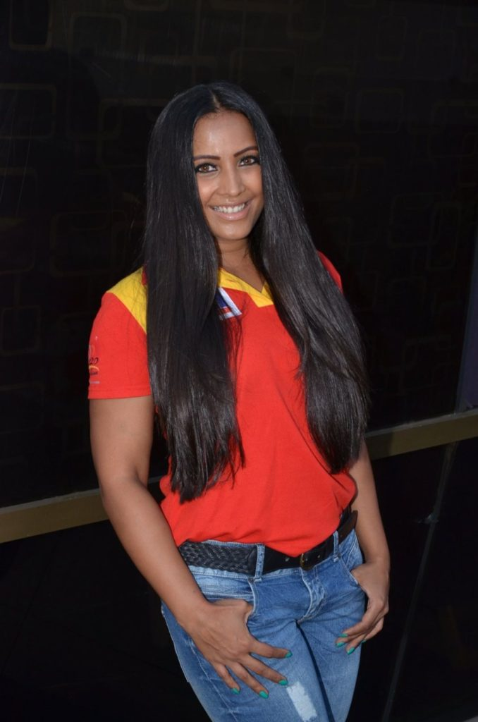 Meghna Naidu Hot Images Photoshoot