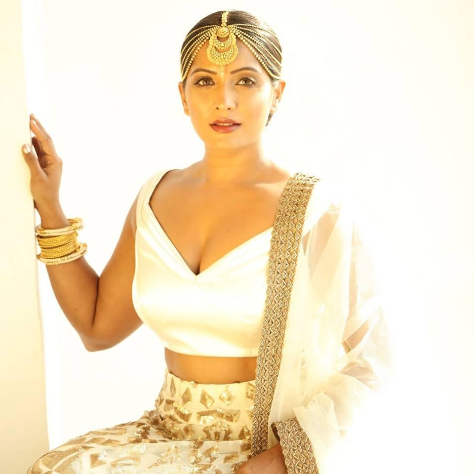 Meghna Naidu Hot In Bra Photos