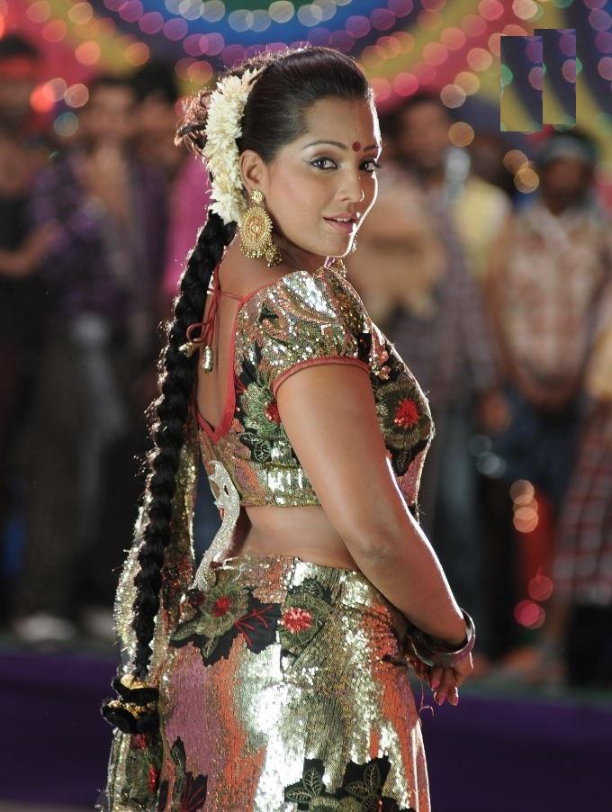 Meghna Naidu Hot Pics Gallery
