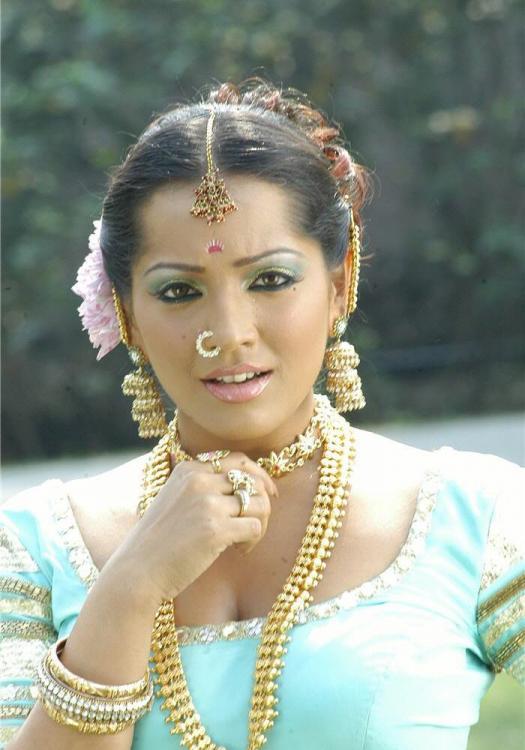 Meghna Naidu New Photos