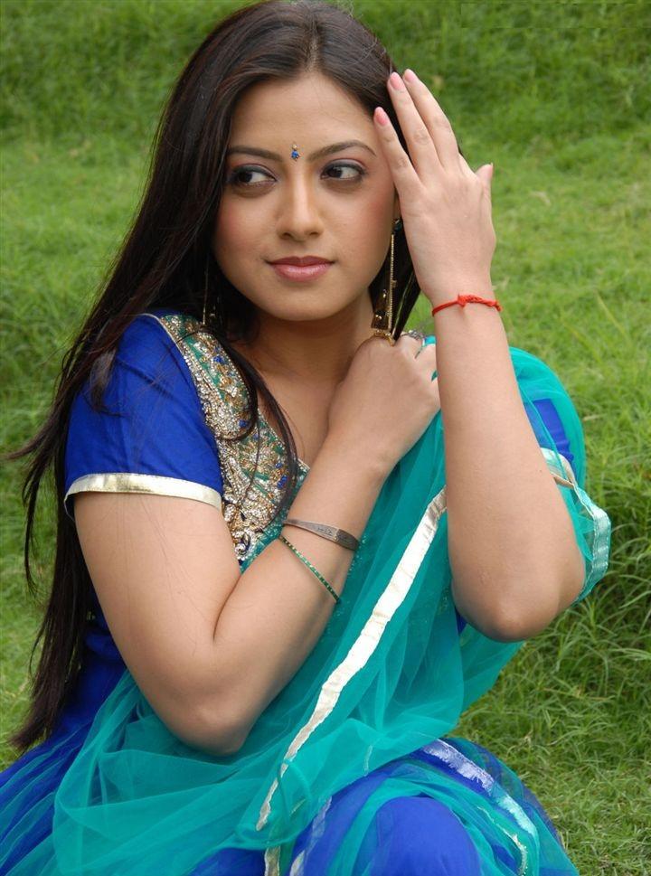 Meghna Naidu New Pics