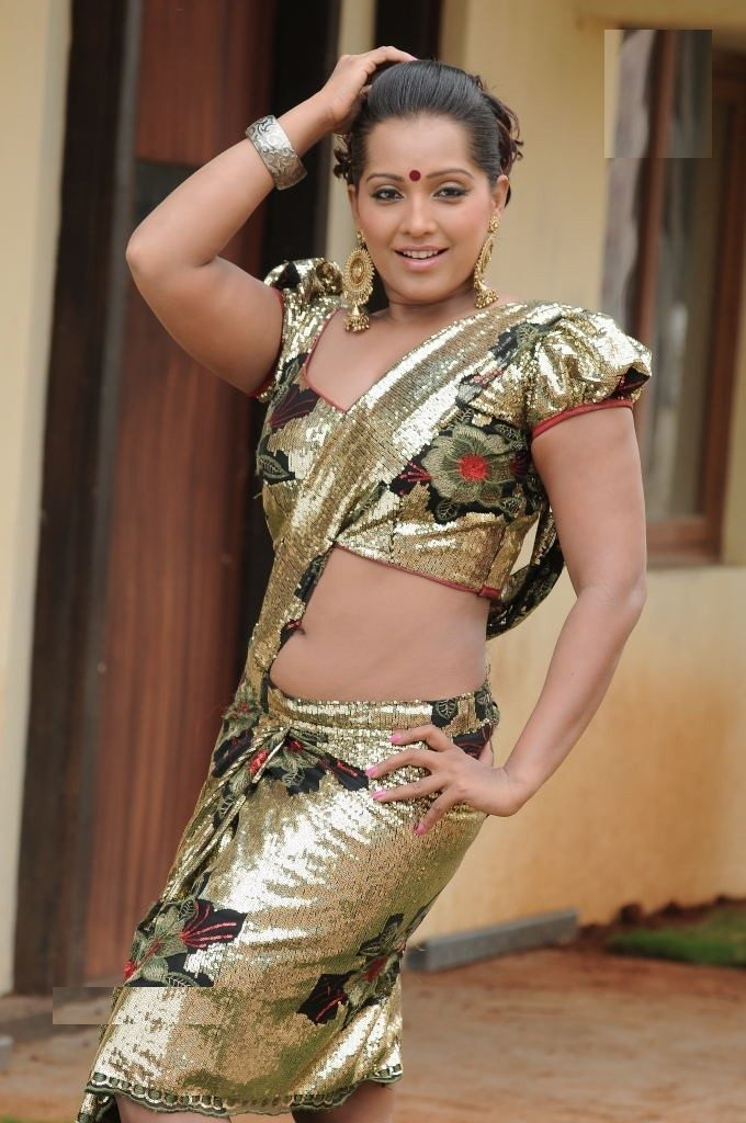 Meghna Naidu Spicy Navel Images