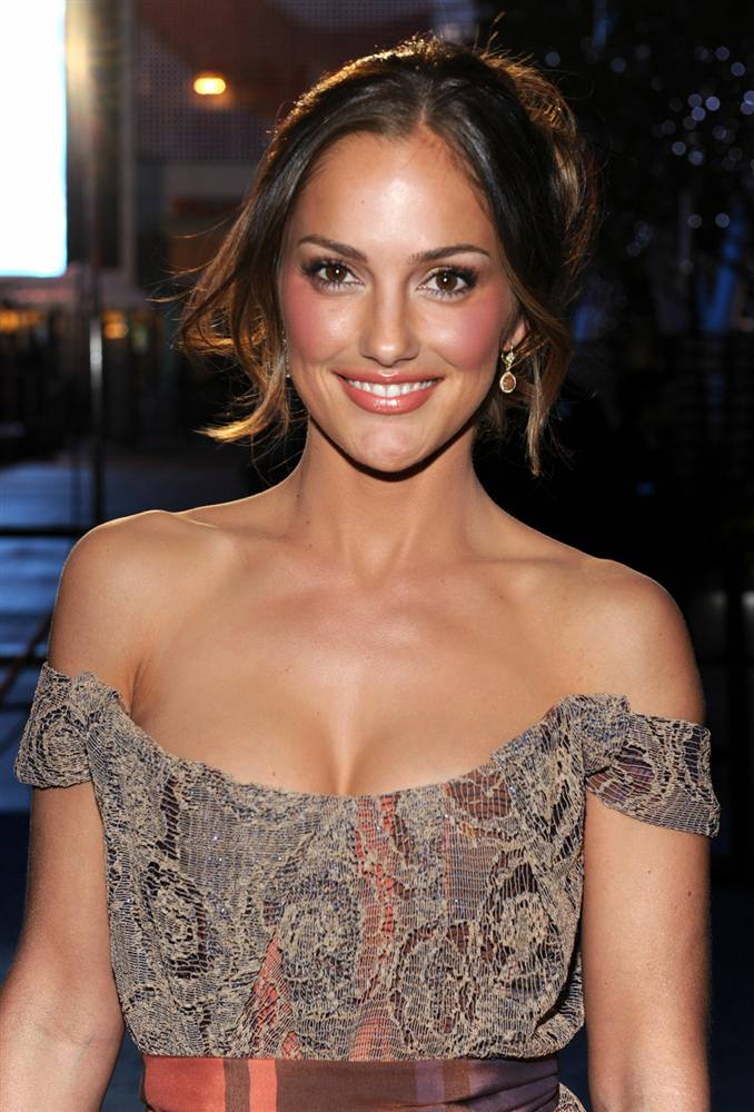 Minka Kelly Photos For Profile Pics