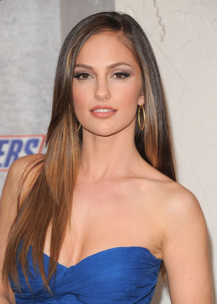 Minka Kelly Photoshoots At Event