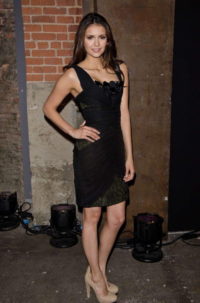 Nina Dobrev Sexy Legs Pics