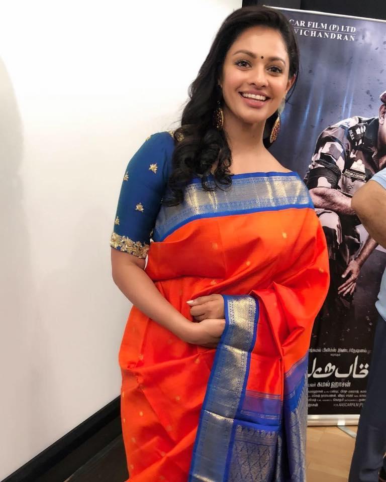 Pooja Kumar Hot Pics Saree