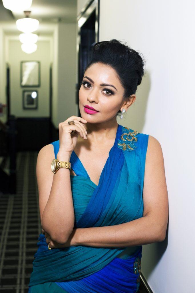 Pooja Kumar Lovely Hair Style Pics