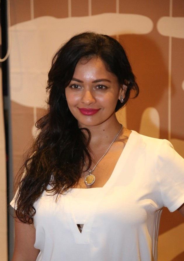 Pooja Kumar New Wallpapers Download