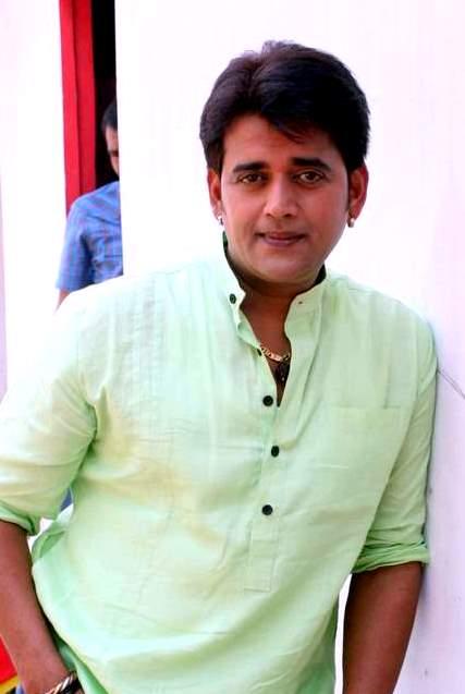 Ravi Kishan Pics