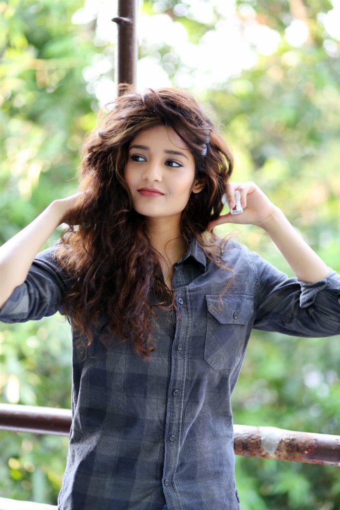 Ritika Singh Bold Photos
