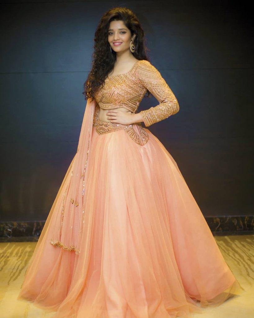 Ritika Singh New Pics At Award Show