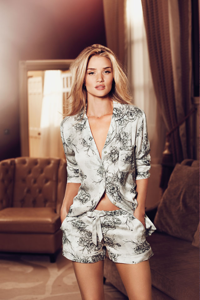 Rosie Huntington-Whiteley Photos Gallery In 2018