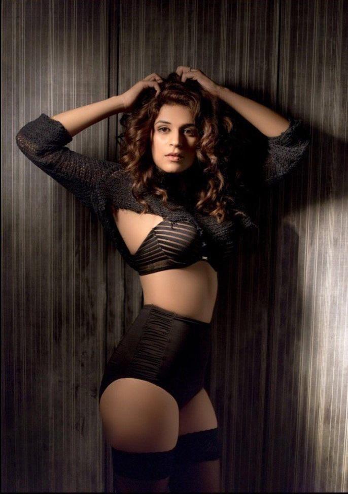 Shraddha Das Hot Pics In Bikini Photoshoot